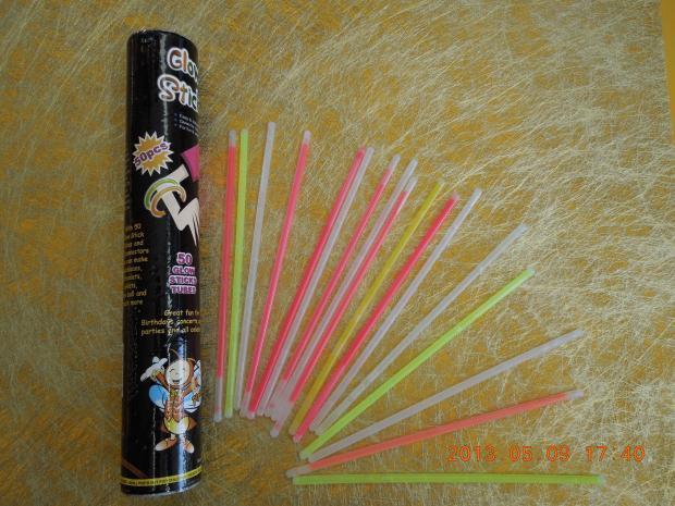 Glow Sticks: 50